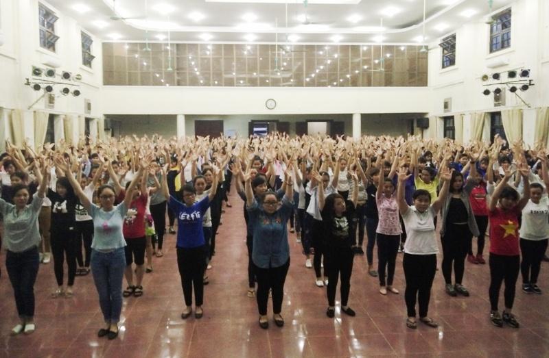 Sinh viên Học viện Phụ nữ Việt Nam hưởng ứng ngày thế giới không thuốc lá