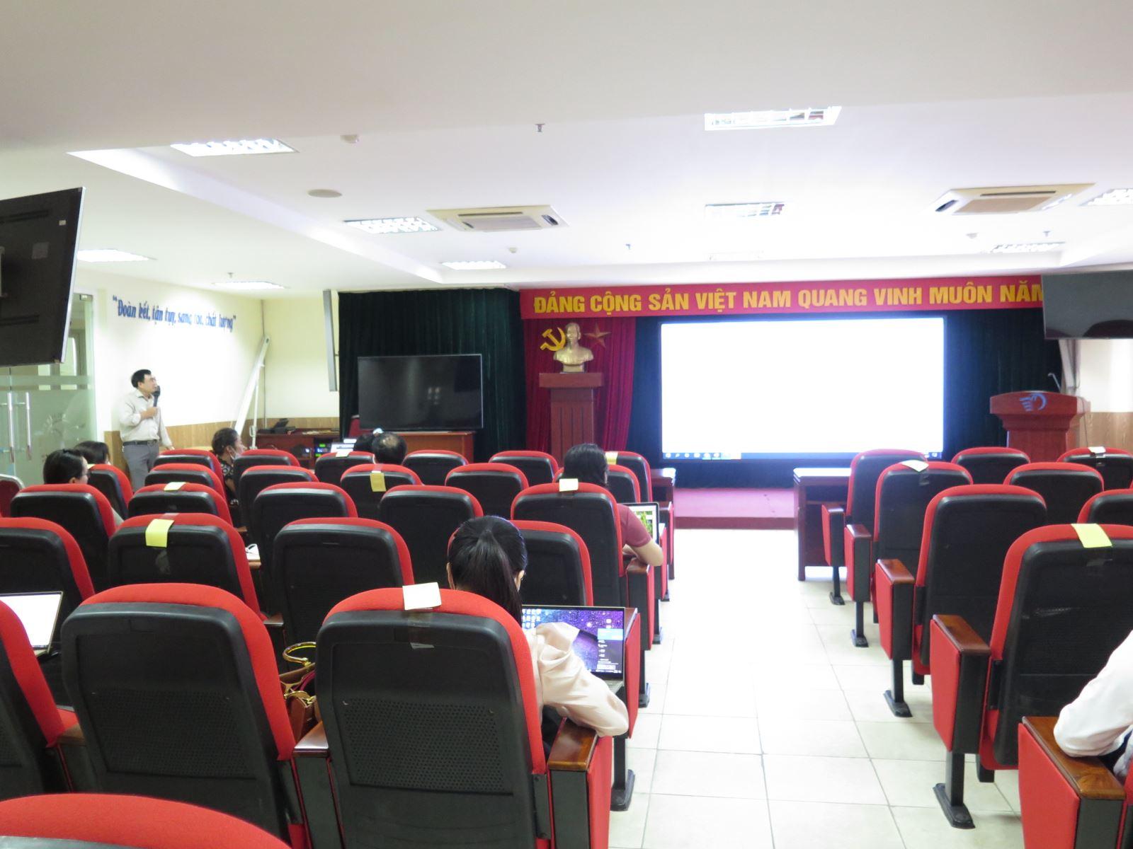 Học viện Phụ nữ Việt Nam tổ chức tập huấn công tác thanh tra thi tốt nghiệp THPT năm 2021