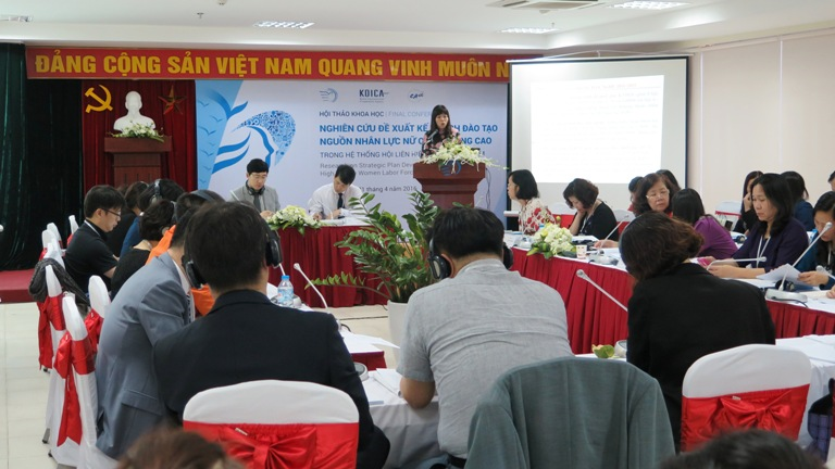 Vietnamplus: Hơn 62% lao động nữ địa phương muốn được đào tạo trong 3 nhóm nghề