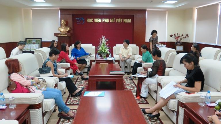 Học viện Phụ nữ Việt Nam làm việc với đoàn đại biểu CARD MRI – Phi-lip-pin