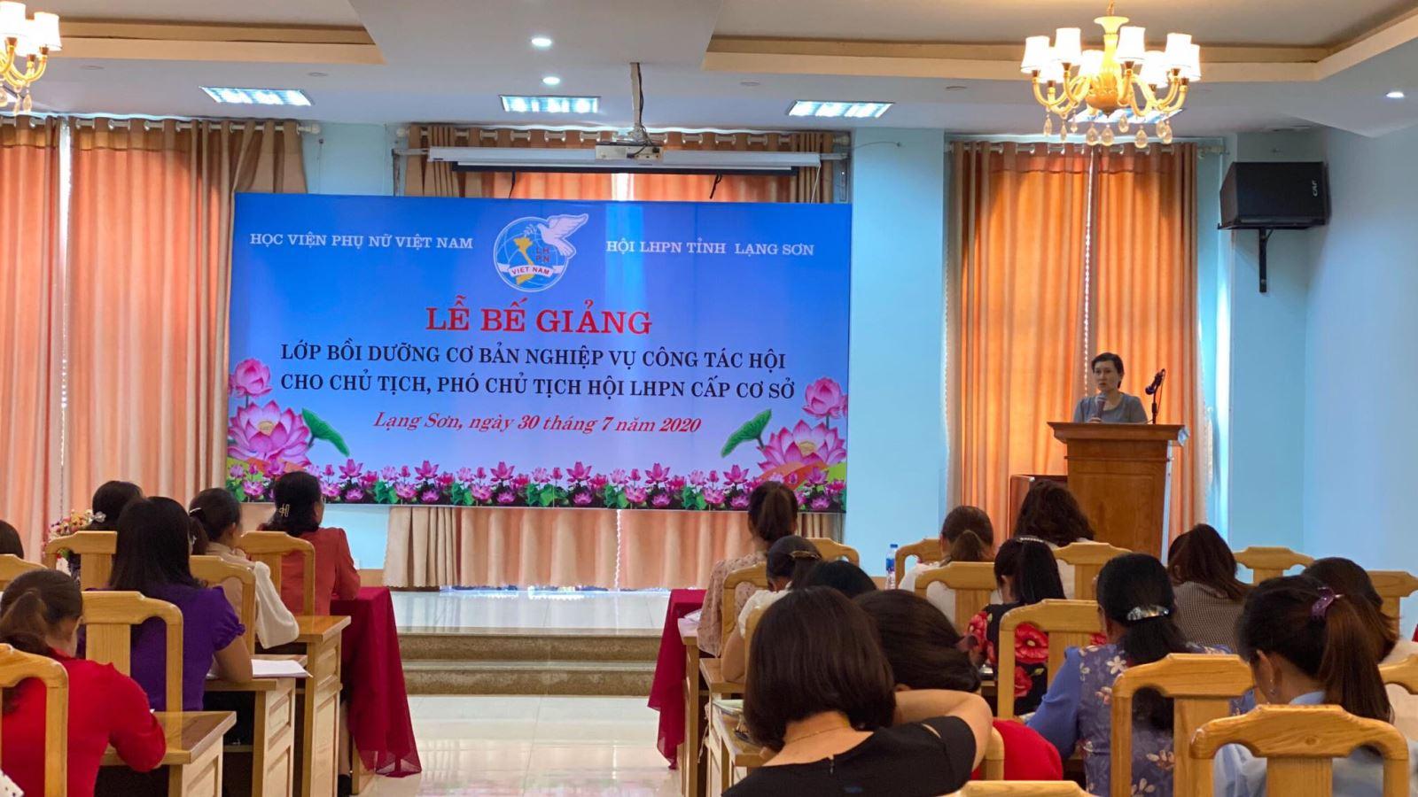 """Bế giảng lớp """"Bồi dưỡng nghiệp vụ công tác Hội"""" tại tỉnh Bắc Giang và Lạng Sơn"""