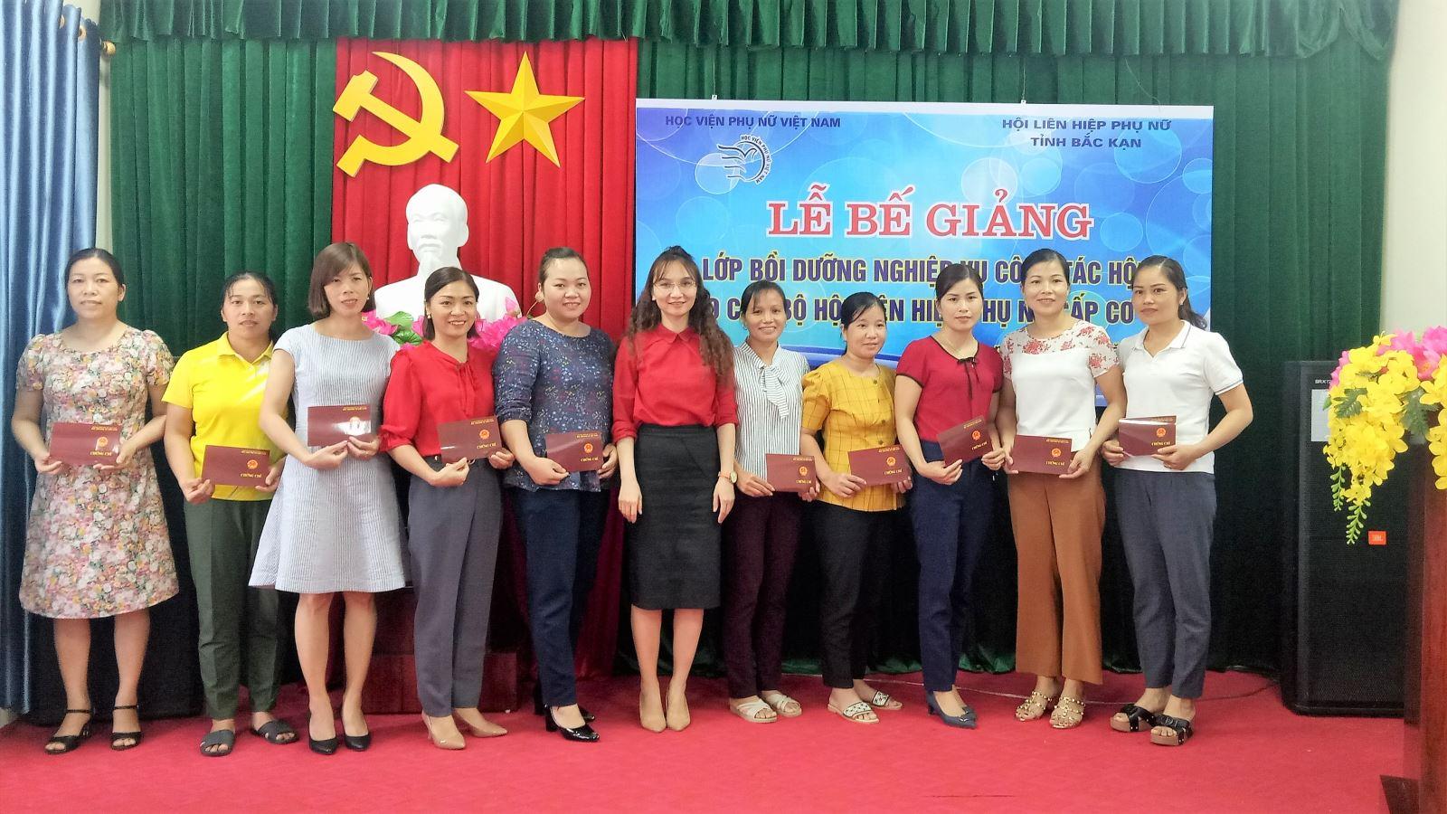 Tổ chức Lớp bồi dưỡng nghiệp vụ công tác Hội cấp cơ sở tại tỉnh Bắc Kạn