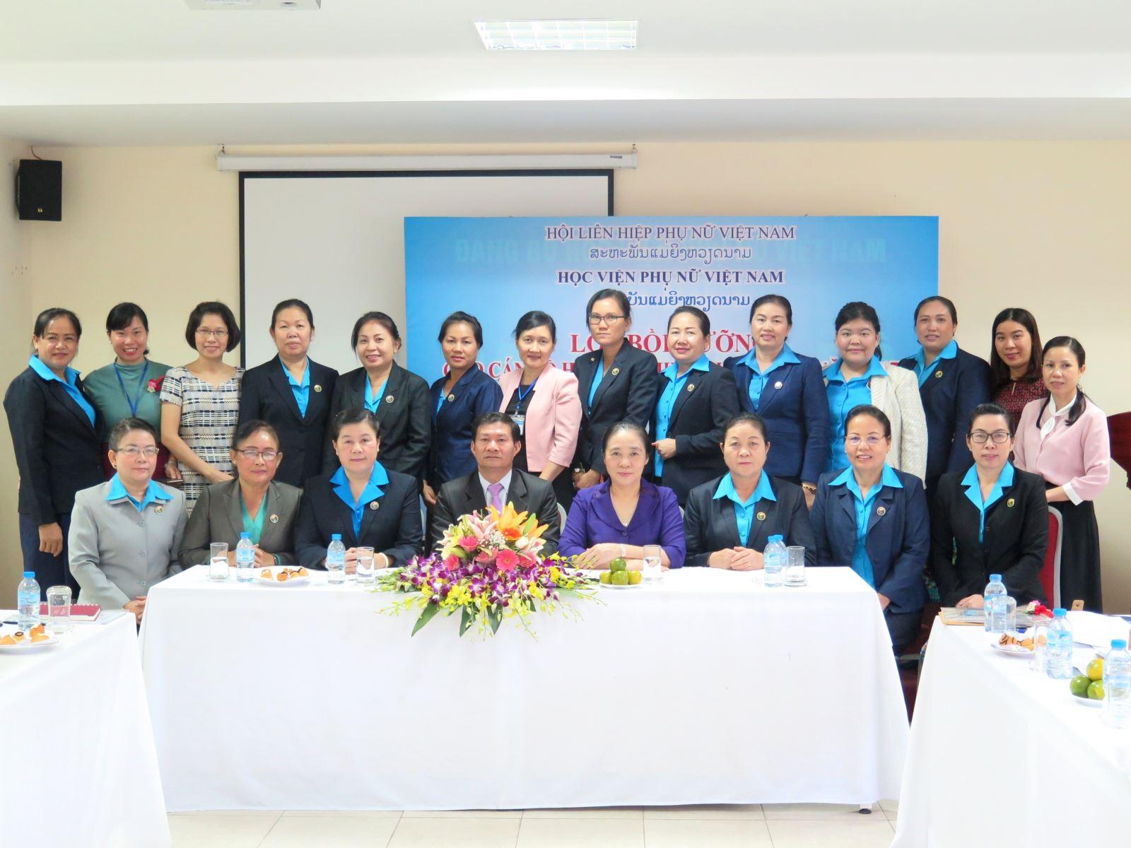 Khai giảng lớp bồi dưỡng cán bộ Hội Liên hiệp Phụ nữ nước Cộng hòa Dân chủ Nhân dân Lào