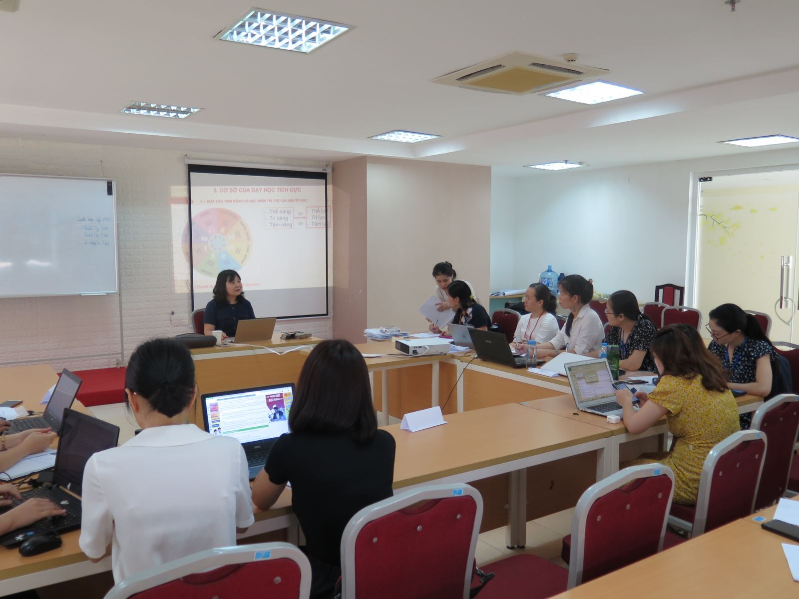 Học viện Phụ nữ Việt Nam tổ chức khóa bồi dưỡng Phương pháp sư phạm tích cực