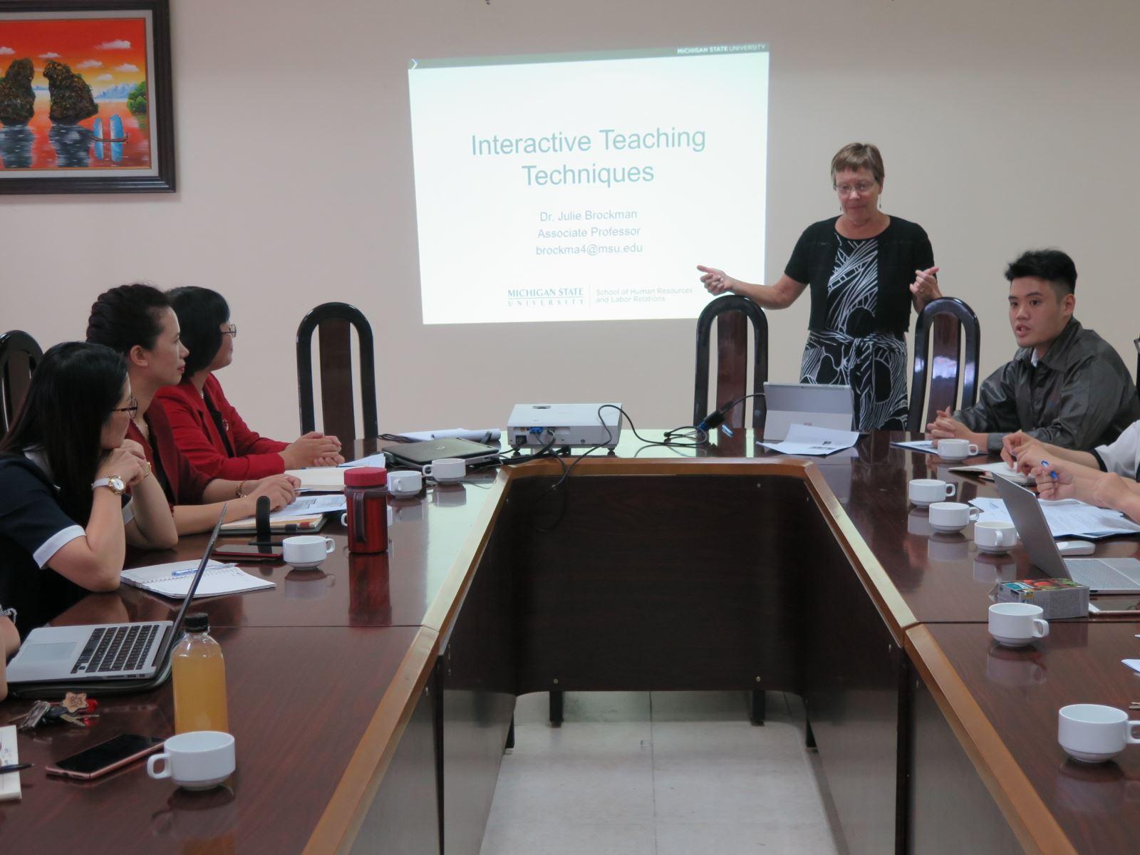 Tọa đàm phương pháp giảng dạy tương tác