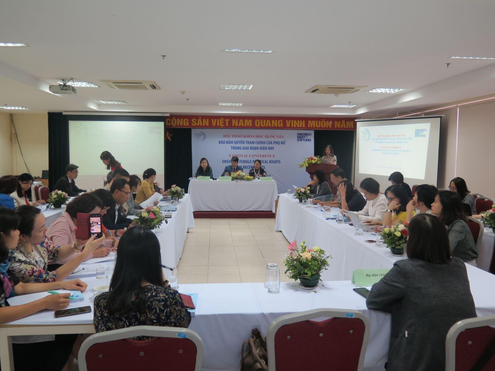 """Phóng sự ảnh: Hội thảo nghiên cứu khoa học """"Bảo đảm quyền tham chính của phụ nữ trong giai đoạn hiện nay"""""""