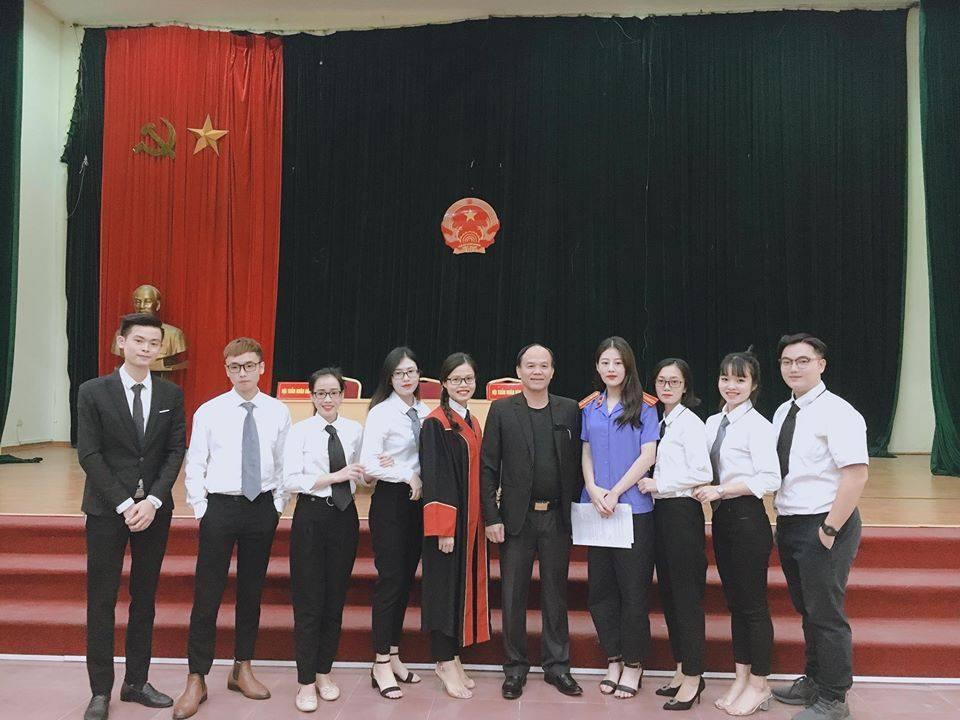 Cử nhân Luật – Thủ khoa Học viện Phụ nữ Việt Nam năm 2020  Hứa Thị Phương Nhung