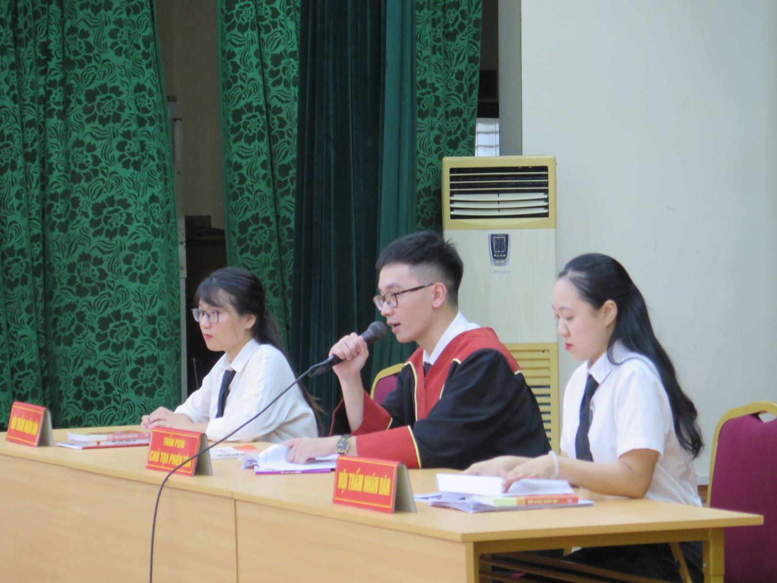 Cuộc thi Đấu trường diễn án VWA