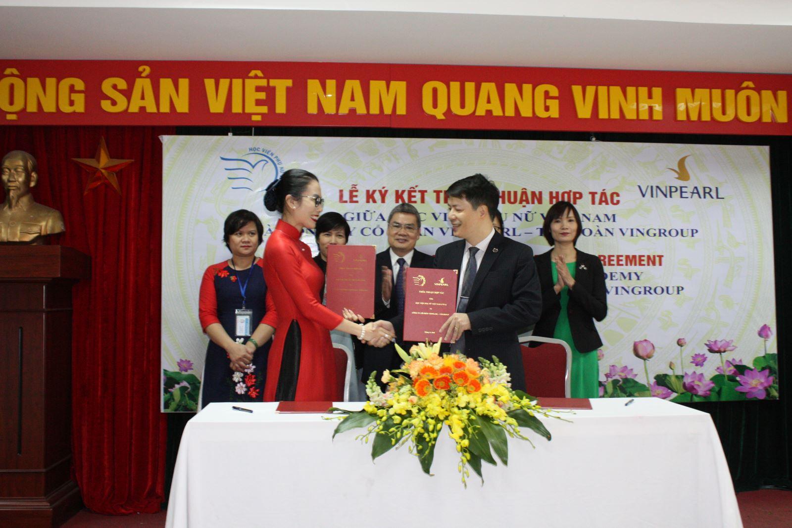 Lễ ký kết Thỏa thuận hợp tác giữa Học viện Phụ nữ Việt Nam và Công ty CP Vinpearl