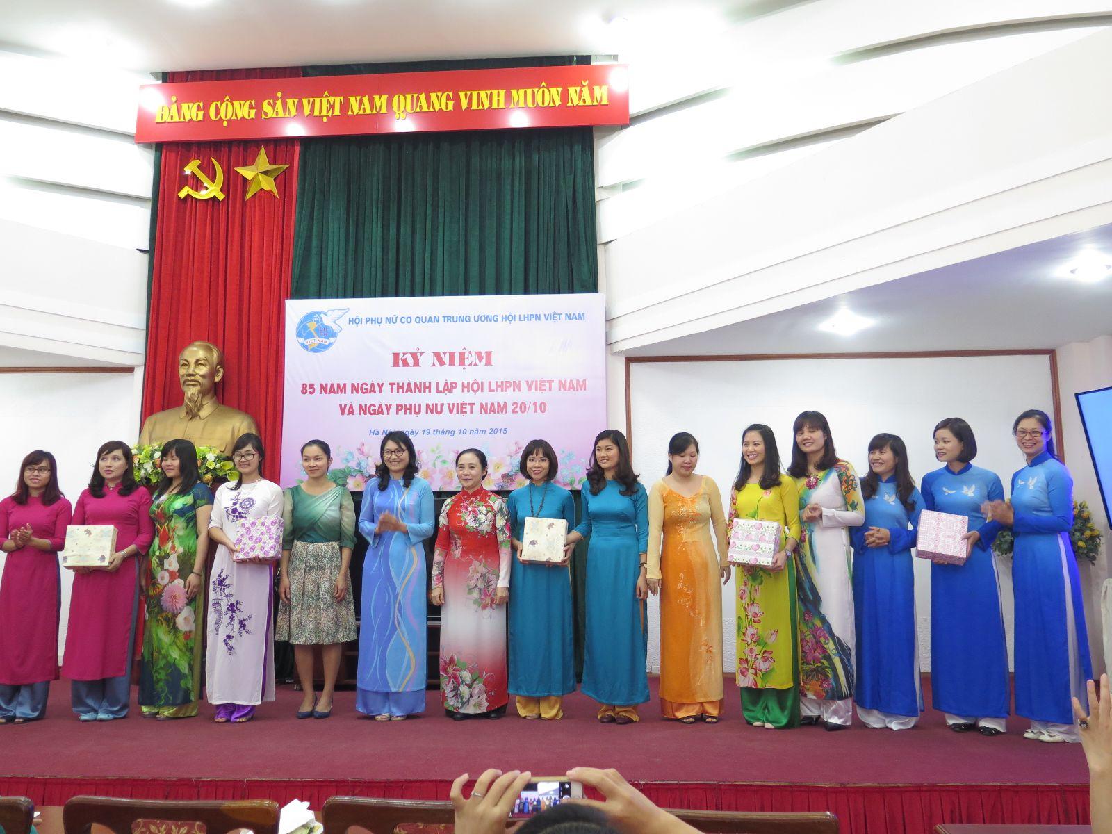 Học viện Phụ nữ Việt Nam tham dự hội thi nhân kỉ niệm 85 năm ngày thành lập Hội LHPN Việt Nam