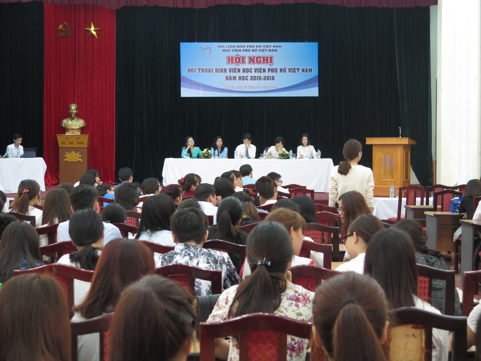 Hội nghị đối thoại sinh viên Học viện Phụ nữ Việt Nam