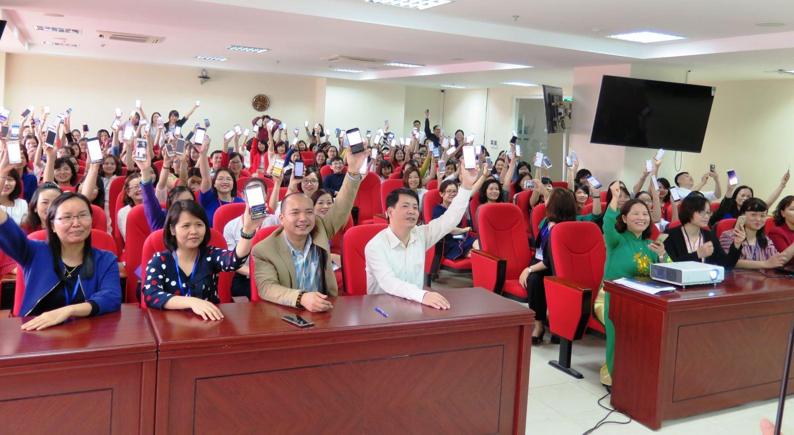 Công đoàn  Trung ương Hội LHPN Việt Nam phát động chiến dịch nhắn tin ủng hộ phụ nữ biên cương