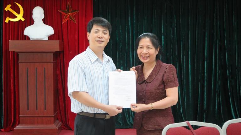Học viện Phụ nữ Việt Nam chia tay cán bộ nghỉ hưu