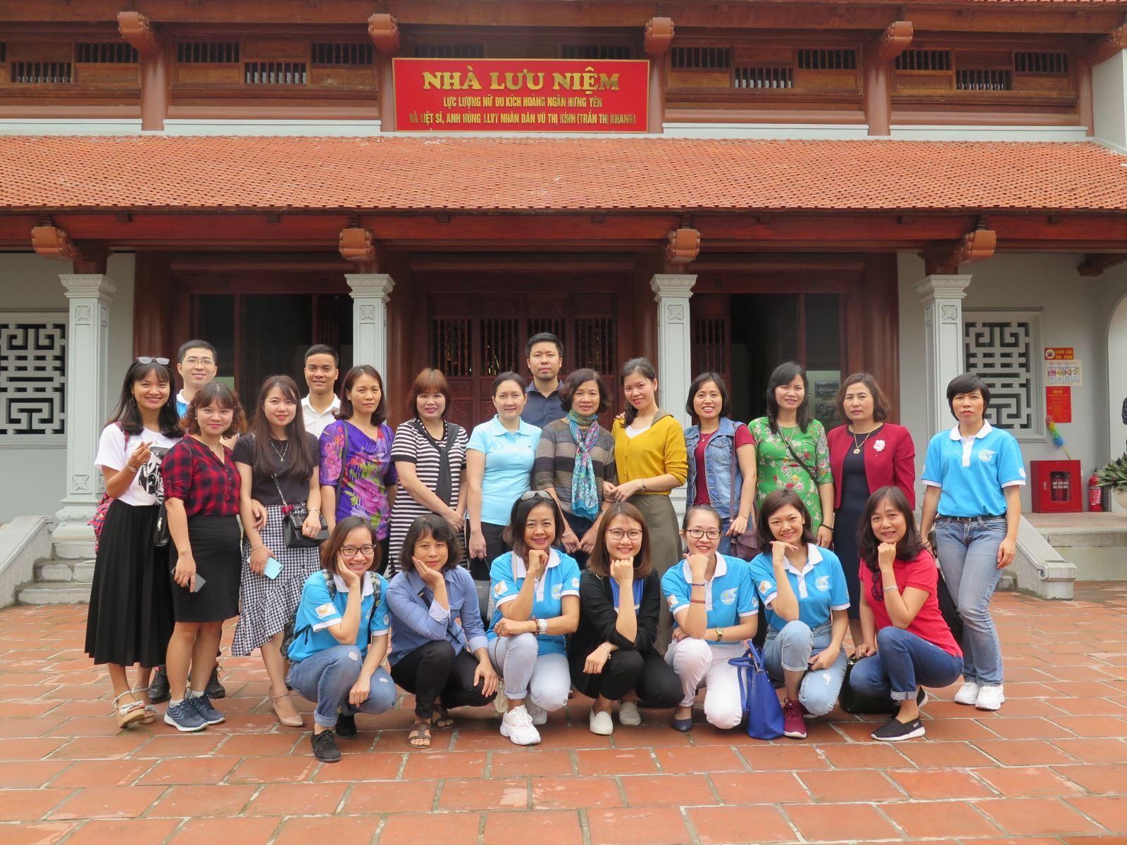 Chi bộ 4 tổ chức về nguồn tại tỉnh Hưng Yên