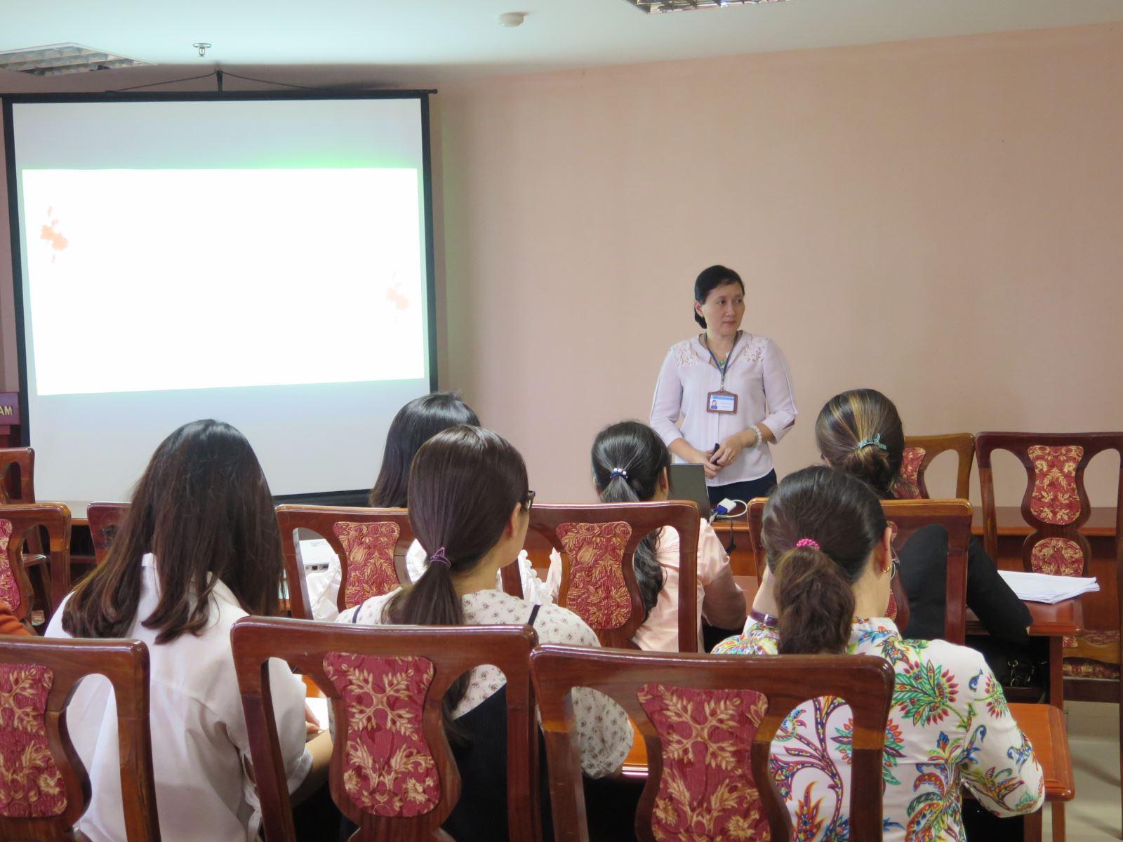 Trao đổi về phát triển kỹ năng thuyết trình