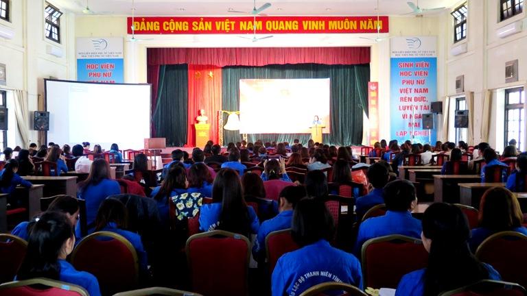 Mít tinh kỉ niệm 85 năm ngày thành lập Đoàn TNCS Hồ Chí Minh