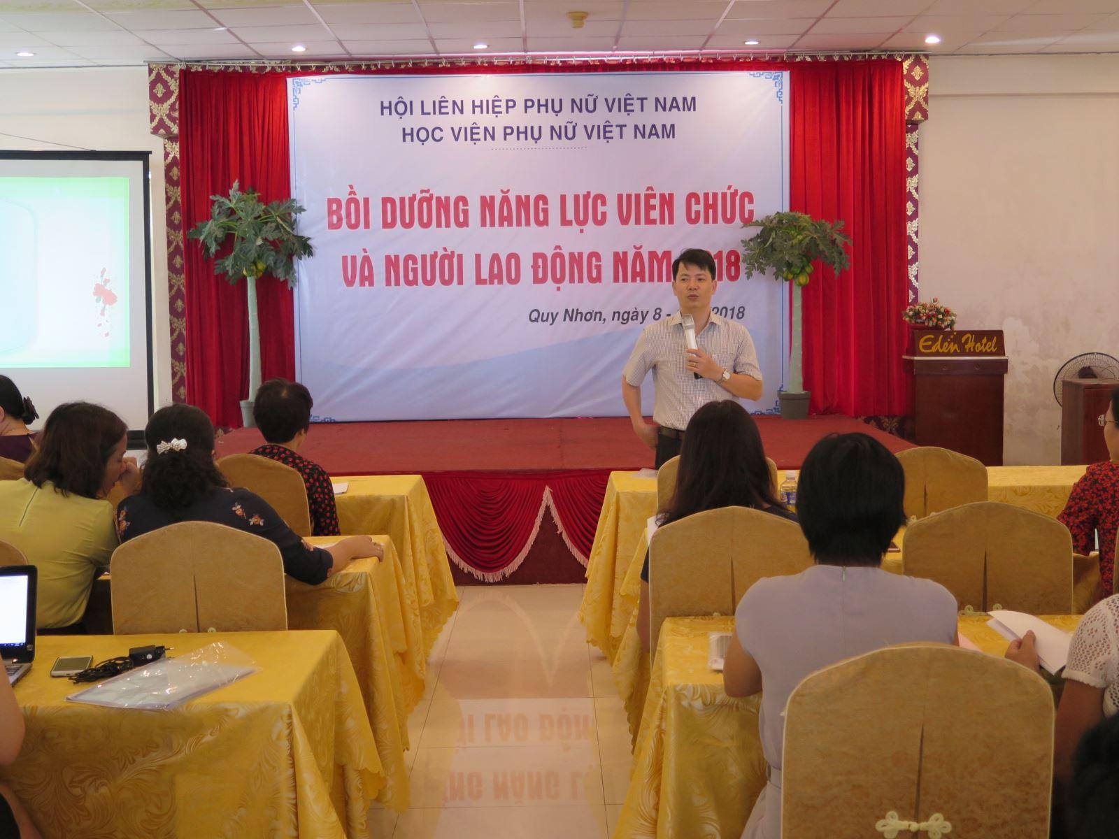 Học viện Phụ nữ Việt Nam tổ chức khóa bồi dưỡng nâng cao năng lực viên chức và người lao động