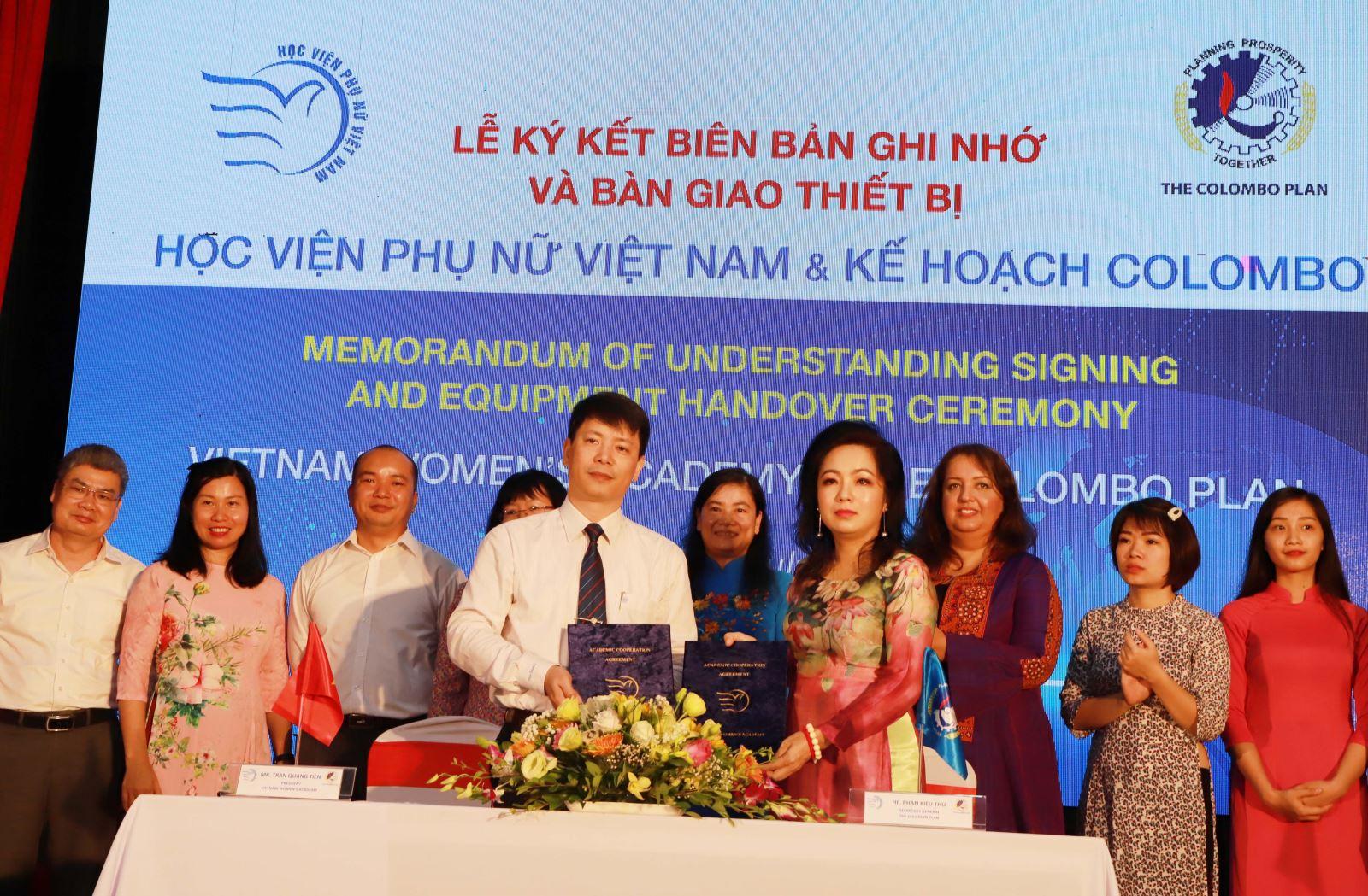 Học viện Phụ nữ Việt Nam ký kết biên bản ghi nhớ với Kế hoạch Colombo