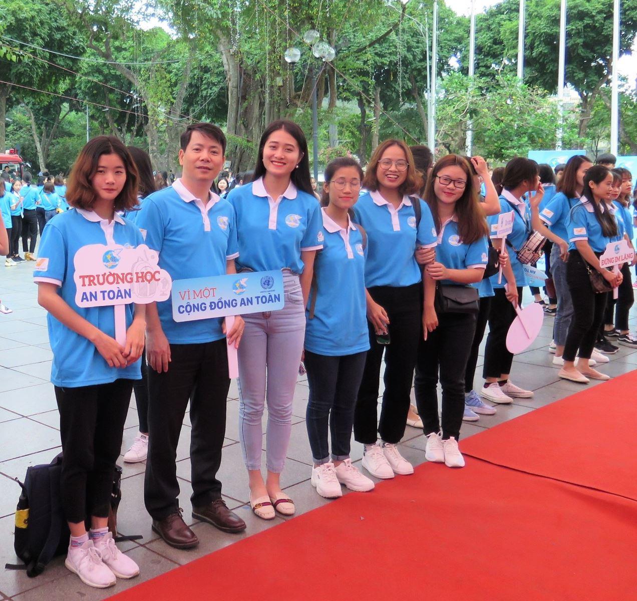 200 sinh viên Học viện Phụ nữ Việt Nam tham gia Lễ phát động Năm An toàn cho phụ nữ và trẻ em