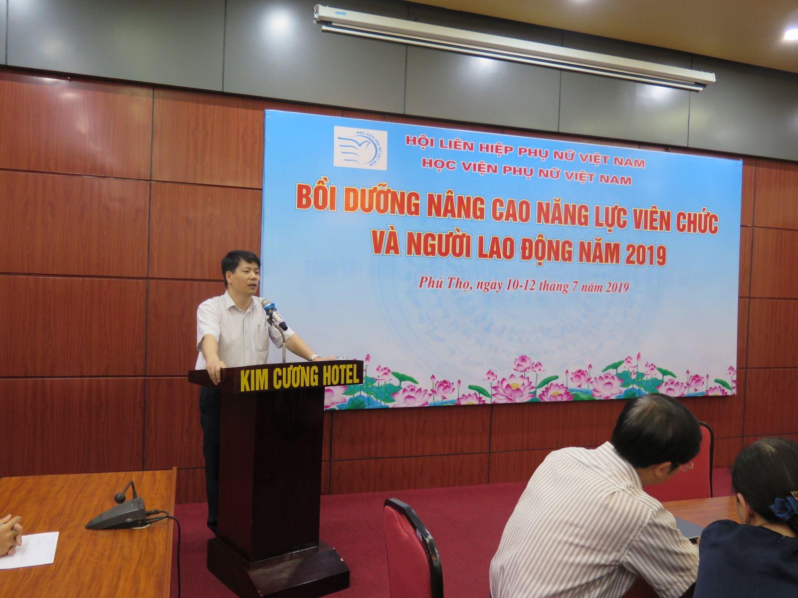 Học viện Phụ nữ Việt Nam tổ chức tập huấn nâng cao năng lực viên chức, người lao động năm 2019