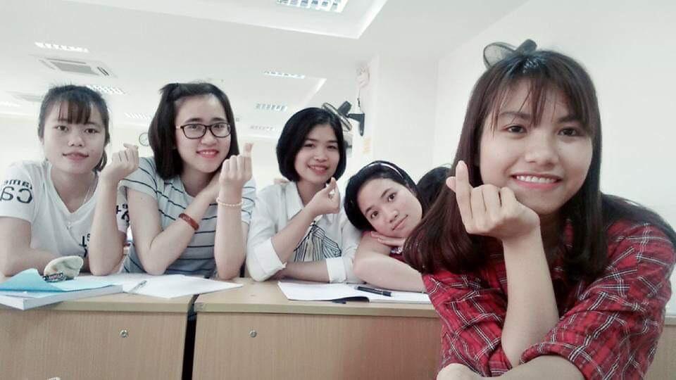 Thanh xuân dưới mái trường Học viện Phụ nữ Việt Nam