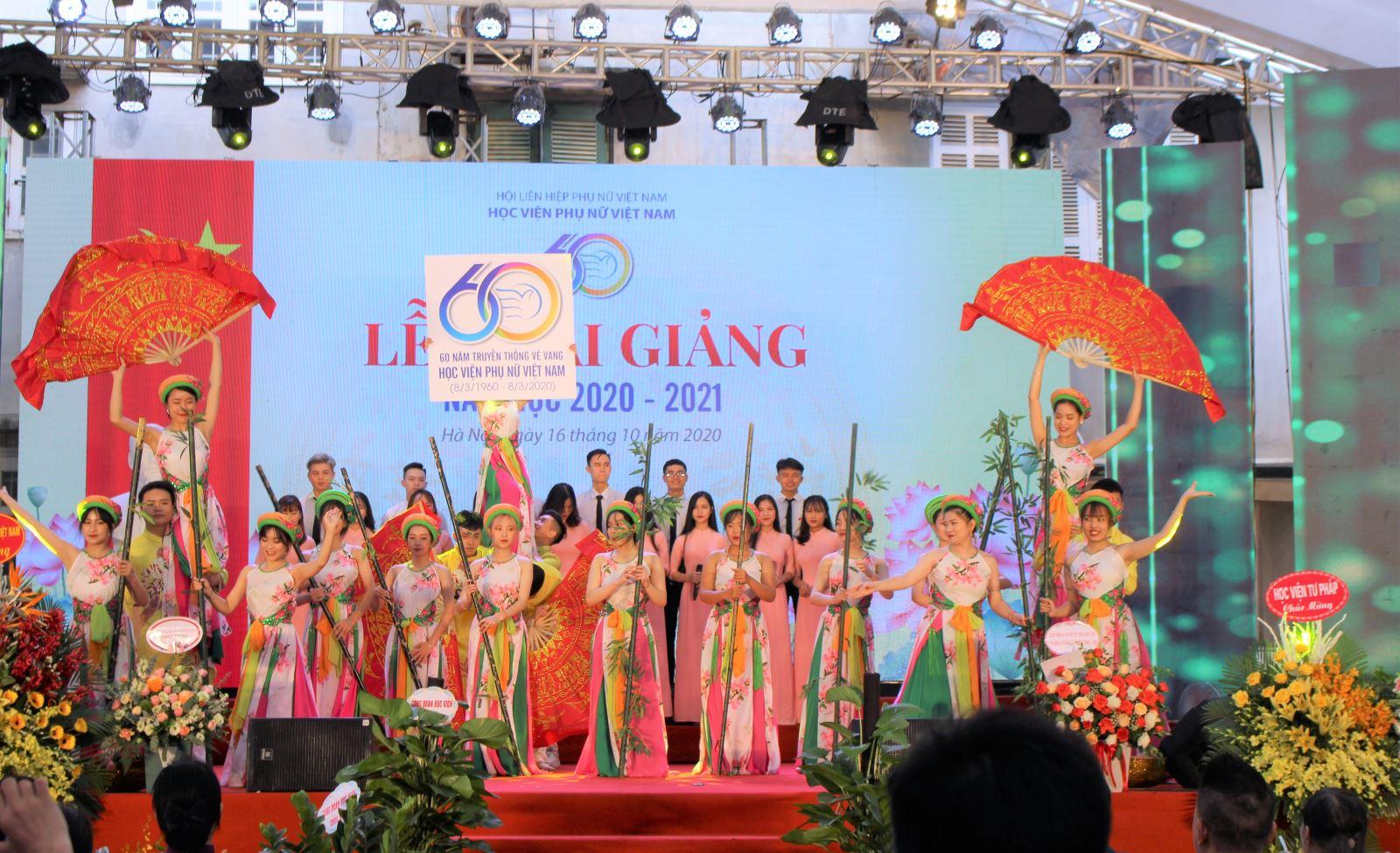 60 năm truyền thống vẻ vang Học viện Phụ nữ Việt Nam