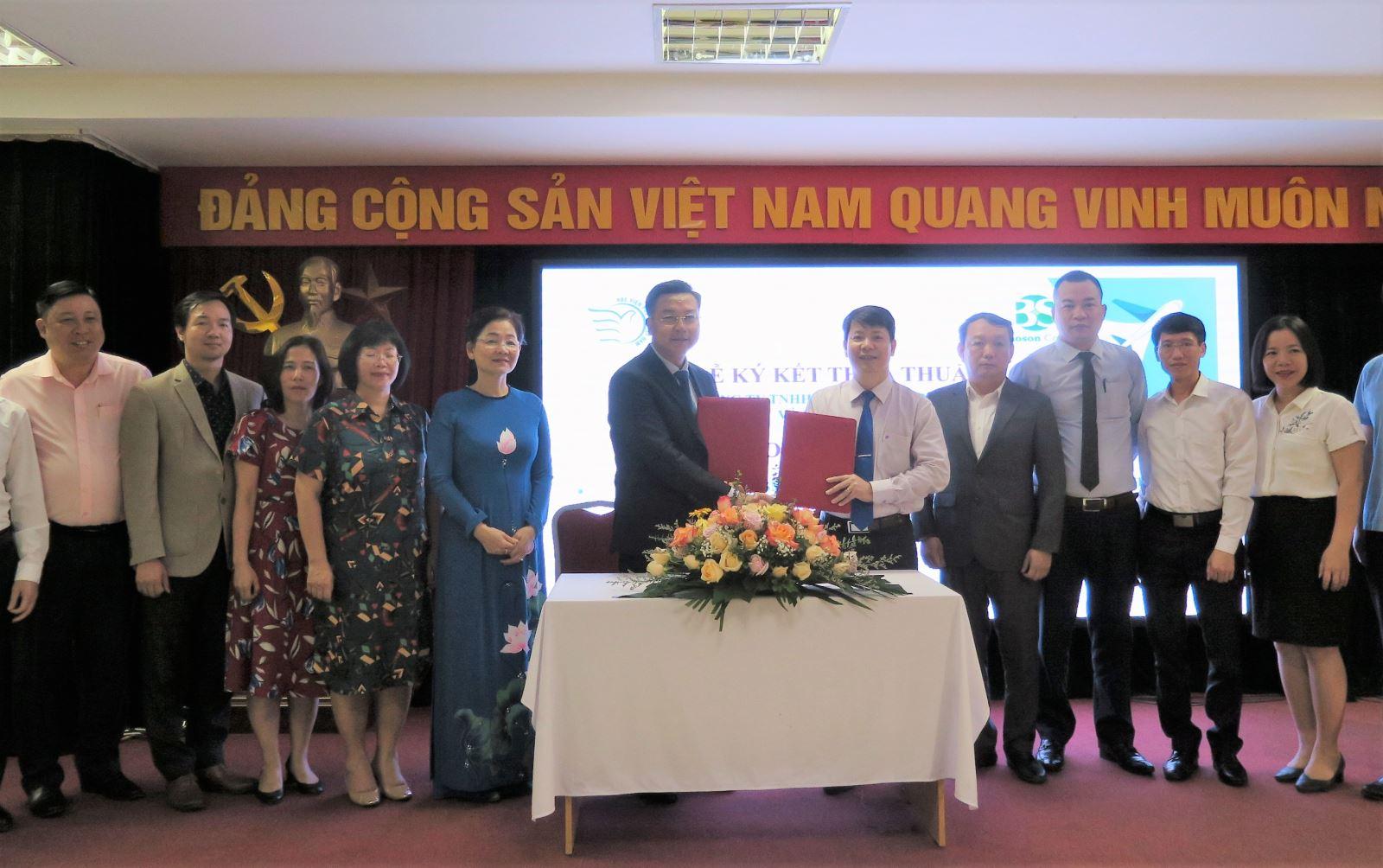 Lễ ký kết hợp tác giữa Học viện Phụ nữ Việt Nam và Tập đoàn Bảo Sơn