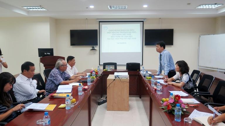 Hiệp hội các trường đại học cao đẳng Việt Nam làm việc tại Học viện