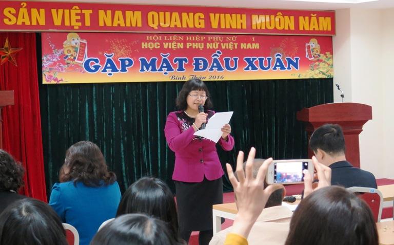 Mùa xuân về trên Học viện Phụ nữ Việt Nam