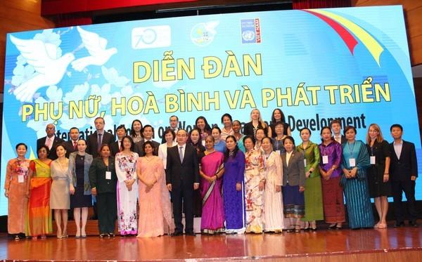 Diễn đàn Phụ nữ, Hòa bình và Phát triển