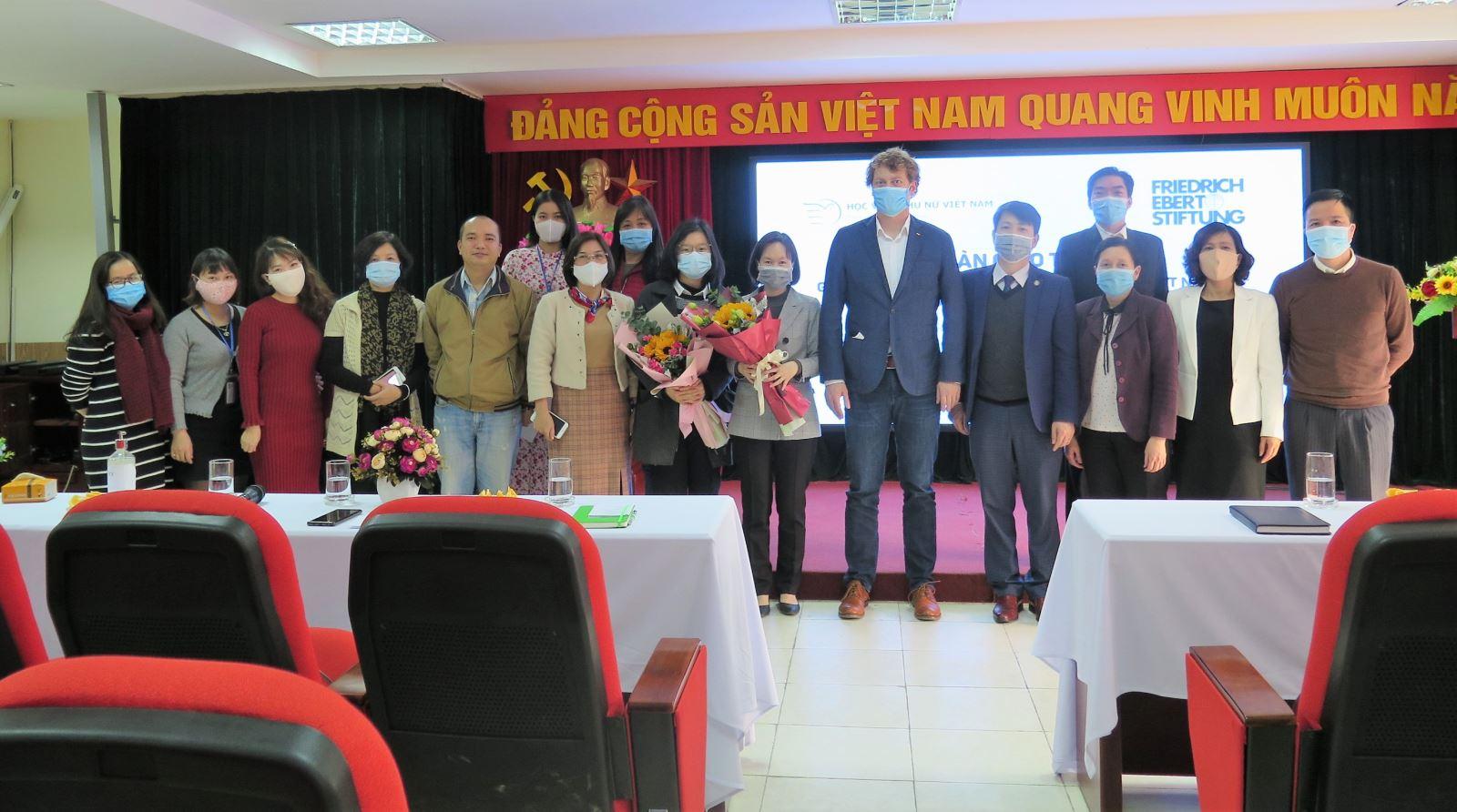 Lễ bàn giao trang thiết bị của Viện FES Việt Nam dành cho Học viện Phụ nữ Việt Nam