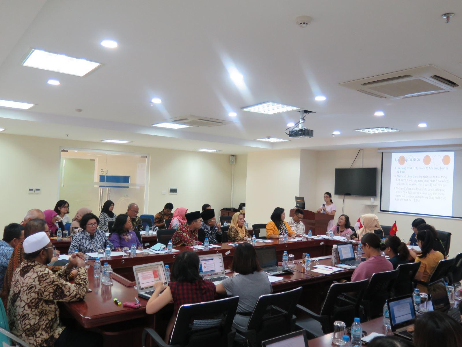 Hội thảo Chính sách của Việt Nam trong lĩnh vực giáo dục về Giới & Gia đình