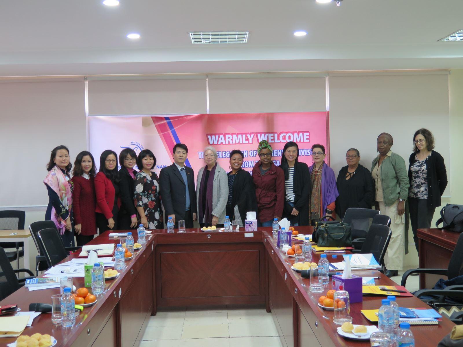 Học viện Phụ nữ Việt Nam tiếp đón đoàn Đại biểu phụ nữ Hợp chủng quốc Hoa Kỳ