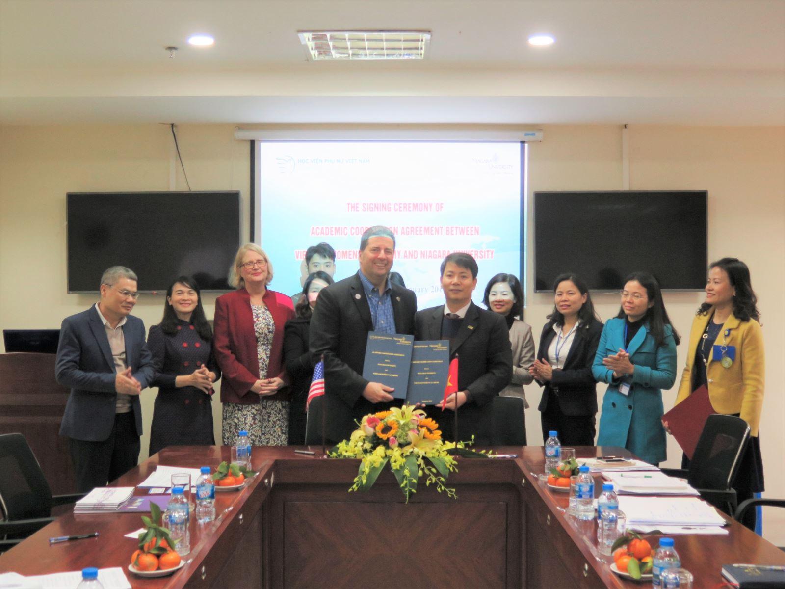 Học viện Phụ nữ Việt Nam và trường Đại học Niagara – Mỹ  ký kết thỏa thuận hợp tác