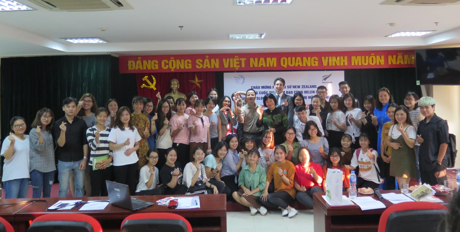 Học viện Phụ nữ Việt Nam đón tiếp Phó Đại sứ New Zealand tại Việt Nam
