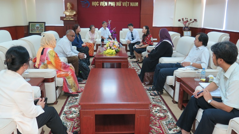 Học viện Phụ nữ Việt Nam tổ chức hội thảo với Đại học Quốc gia Malaysia