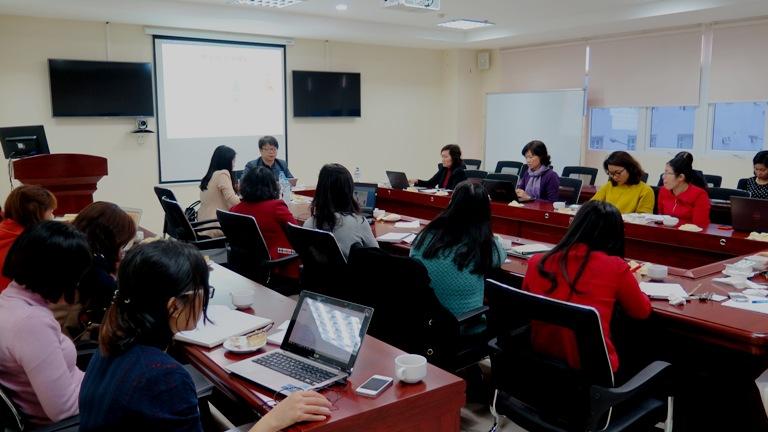 """Tọa đàm """"Vai trò của phụ nữ trong hoạt động kinh tế và chính trị ở Hàn Quốc"""""""