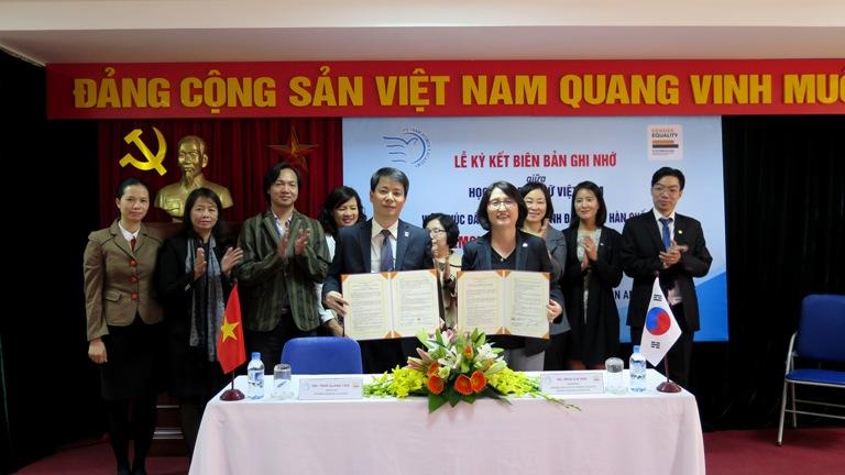 Học viện Phụ nữ Việt Nam Ký kết Biên bản Ghi nhớ với Viện Thúc đẩy và Giáo dục Bình đẳng Giới Hàn Quốc