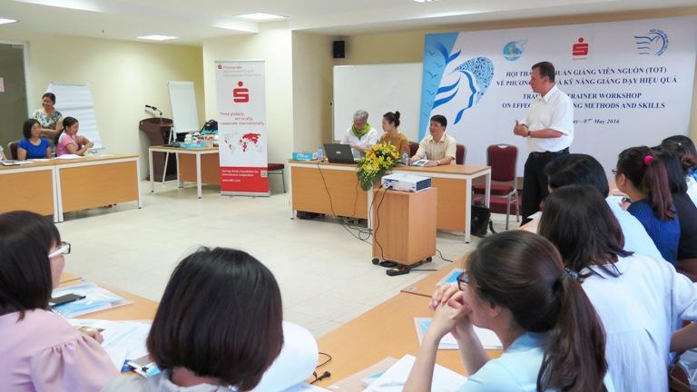 Học viện Phụ nữ Việt Nam tổ chức khóa Tập huấn giảng viên nguồn về phương pháp, kỹ năng giảng dạy hiệu quả