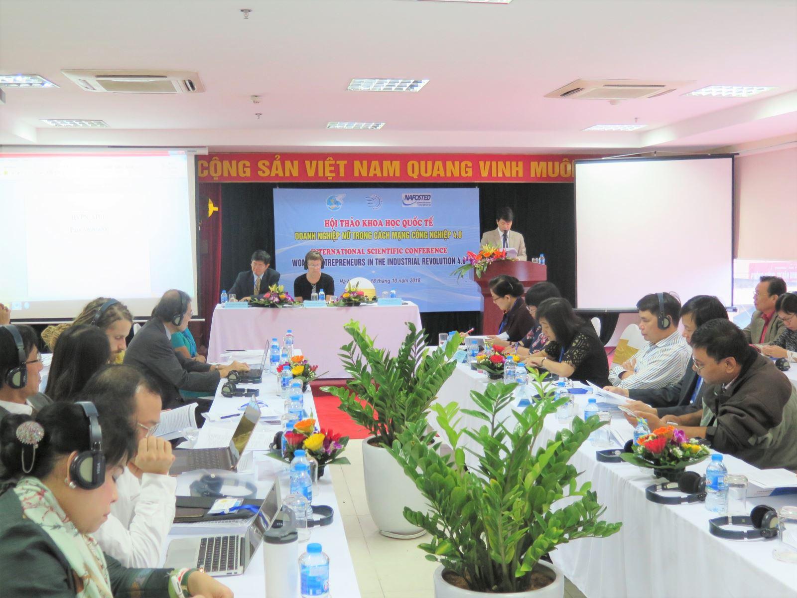 """Hội thảo khoa học quốc tế: """"Doanh nghiệp nữ  trong cuộc cách mạng công nghiệp 4.0"""""""