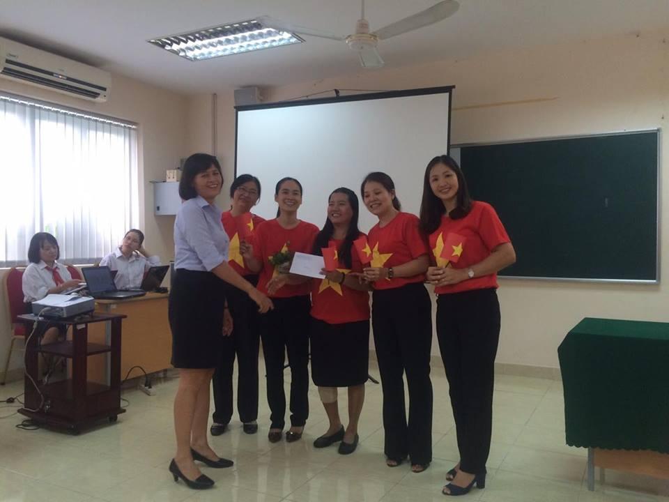Chi bộ Phân hiệu Học viện Phụ nữ Việt Nam tổ chức sinh hoạt chuyên đề