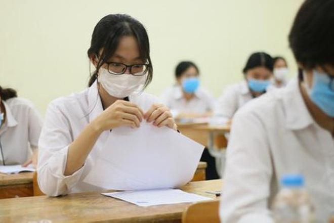 Thí sinh không thể hoàn thành thi đợt 1 được dự thi đợt 2