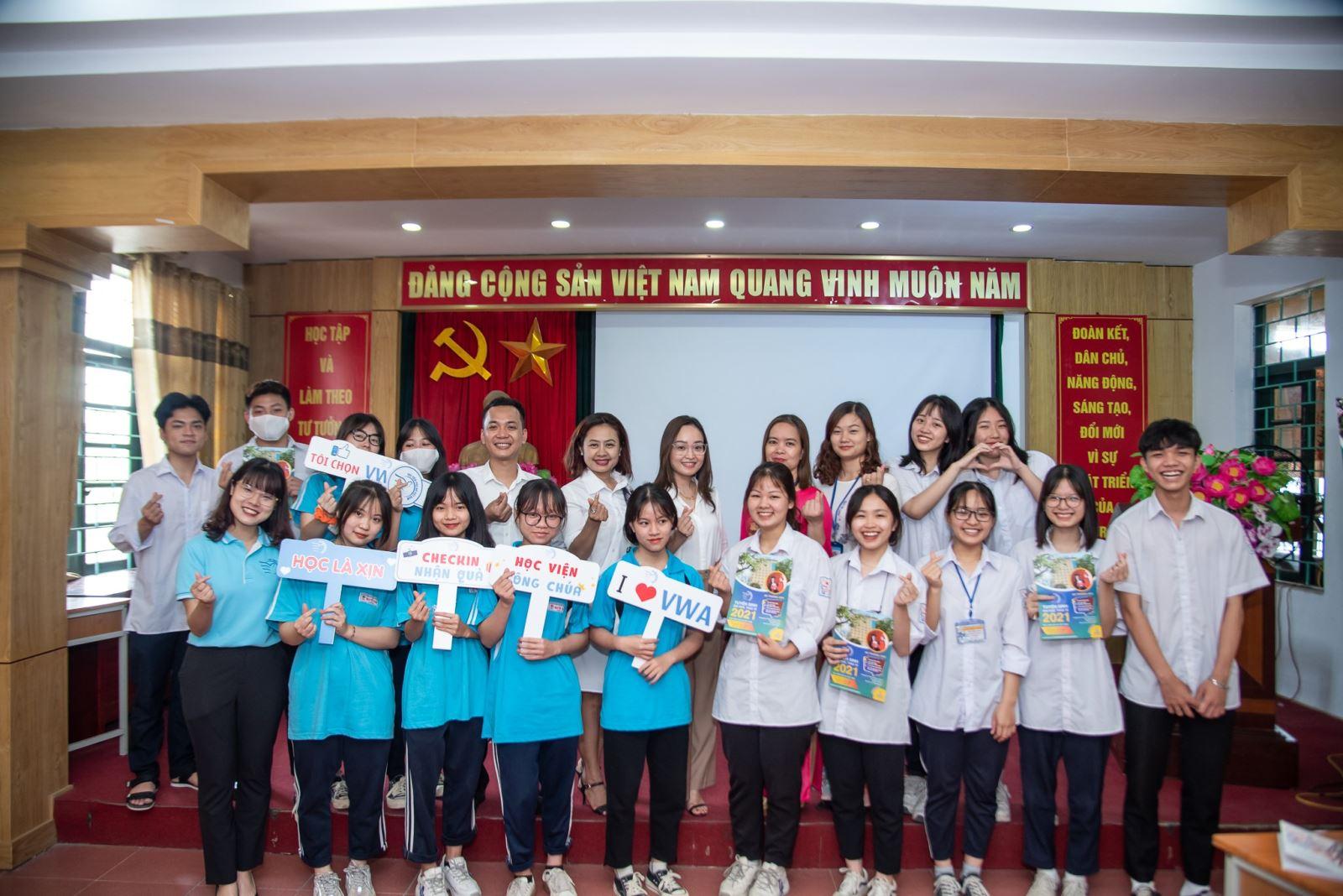 Tư vấn tuyển sinh tại trường THPT Nguyễn Trãi, Thường Tín, HN