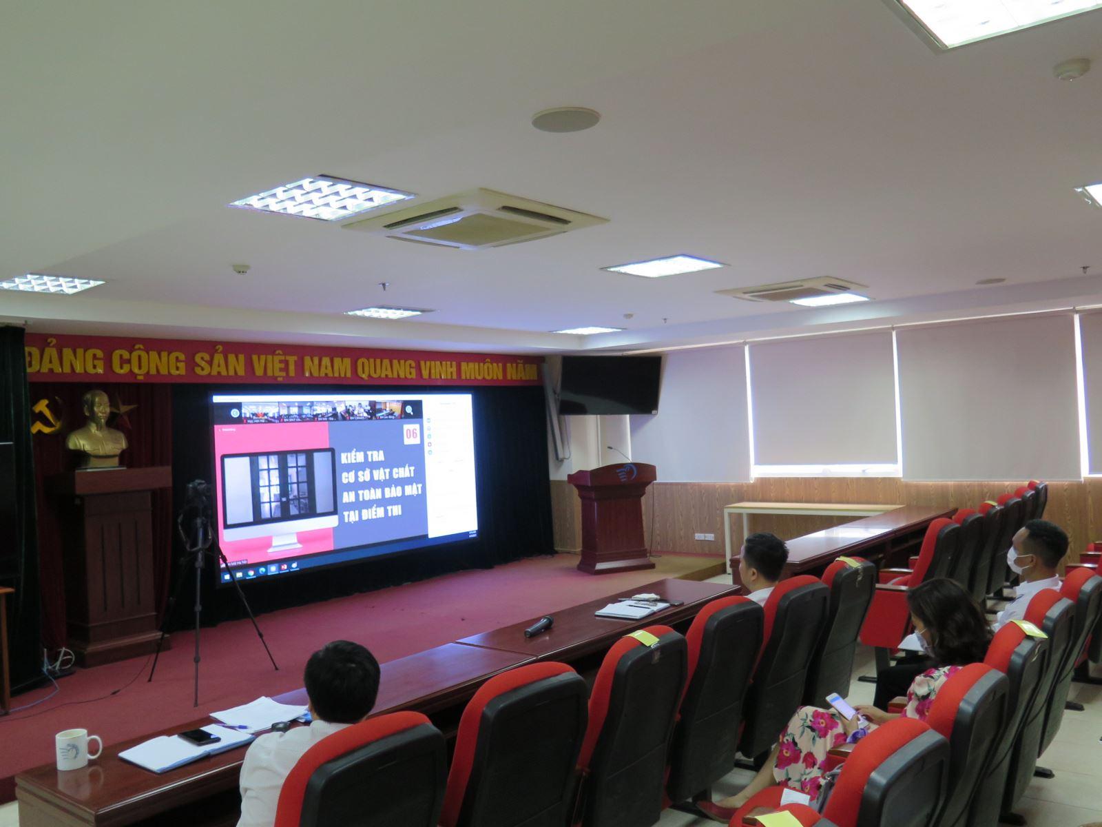 Hội nghị tập huấn nghiệp vụ kiểm tra công tác coi thi tốt nghiệp THPT 2021