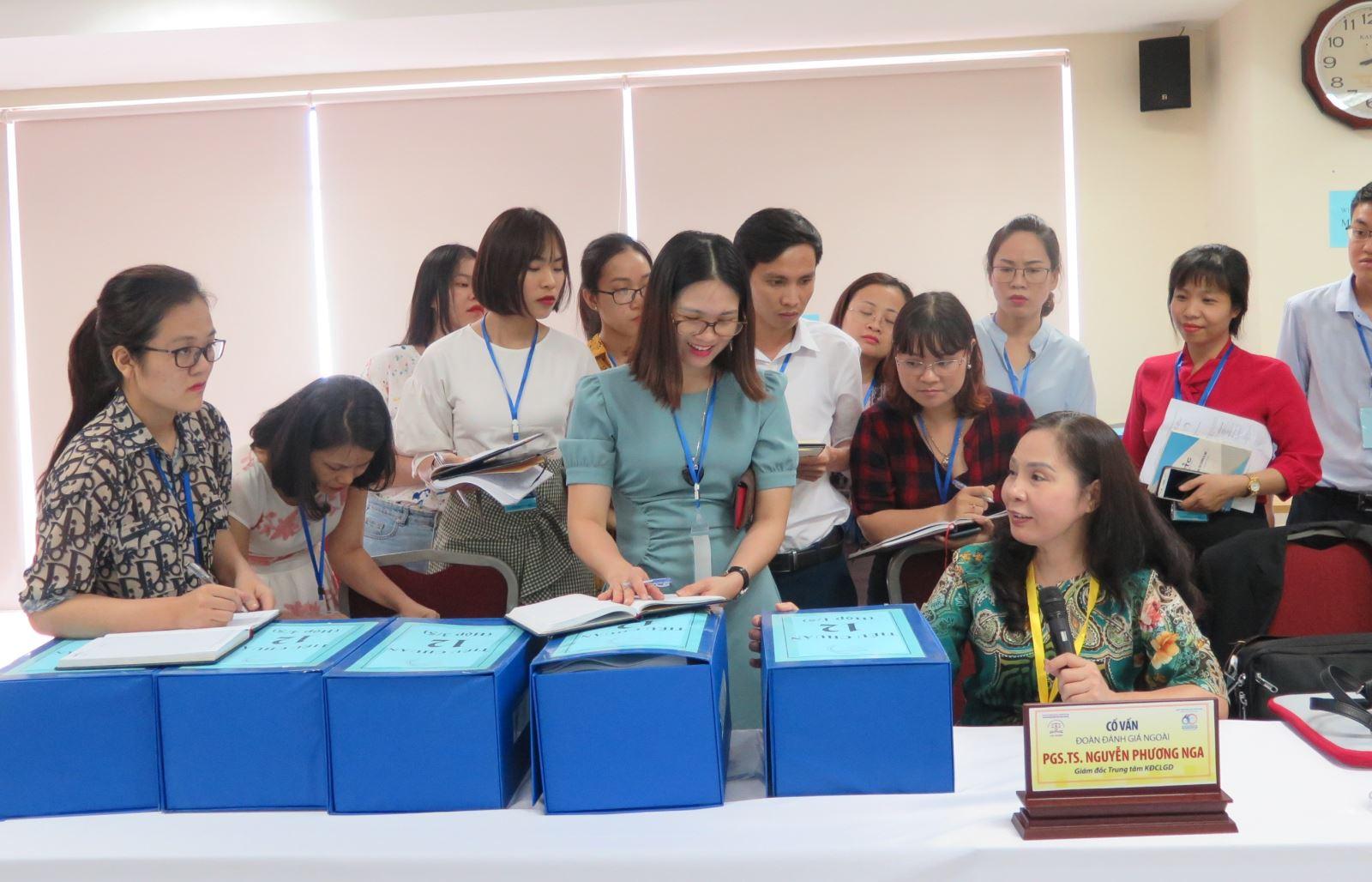 P/s ảnh: Học viện Phụ nữ Việt Nam đón đoàn khảo sát sơ bộ