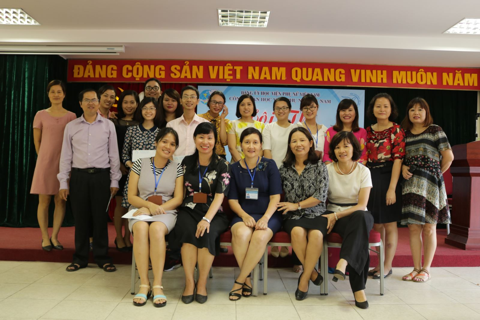 """Hội thi """"mâm cơm gia đình hạnh phúc """" nhân ngày gia đình Việt Nam 28/6 tại Học viện Phụ nữ Việt Nam"""