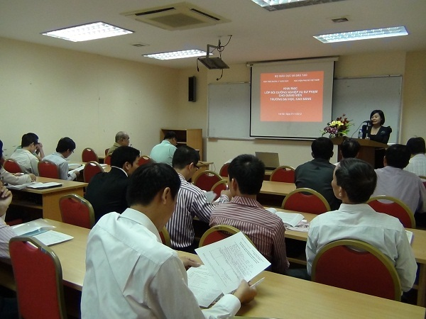 Khai giảng lớp Bồi dưỡng Nghiệp vụ Sư phạm Đại học  tại Học viện Phụ nữ Việt Nam